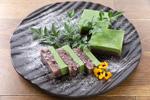 川越産ホウレン草と十勝小豆の豆乳羹